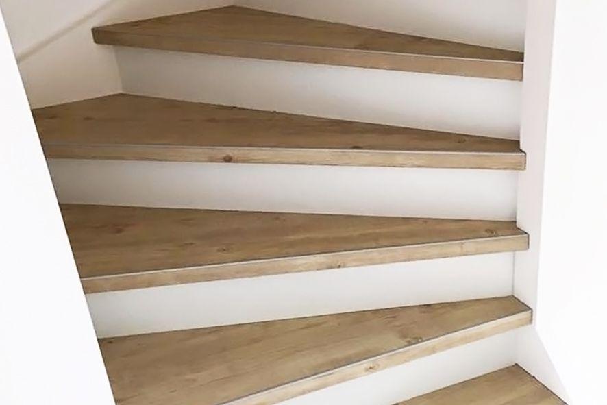 Pvc trapbekleding voor dichte trap in u e dessins en kleuren